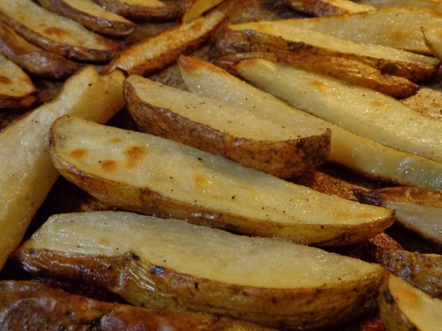 SchneiderPeeps: Oven baked fries