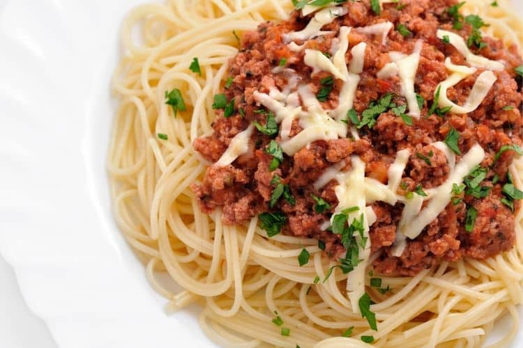 image of spaghetti and meat sauce