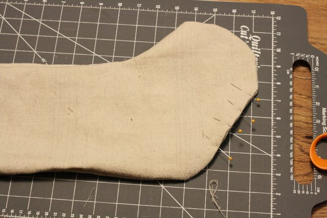 basic simple Christmas stocking tutorial (10)