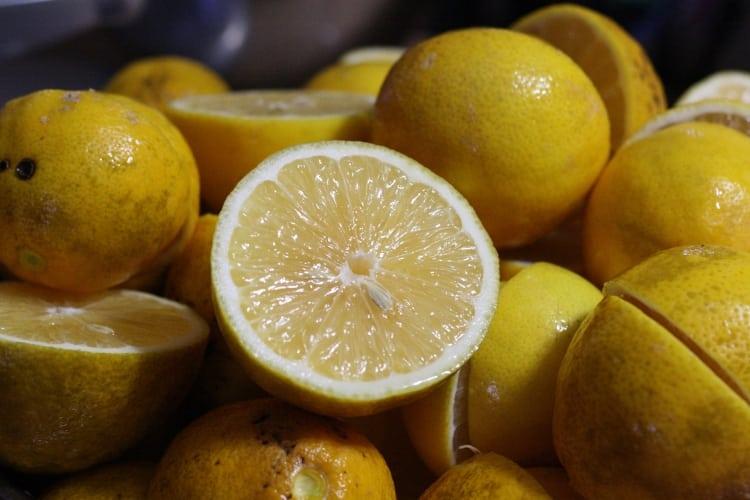 image of pile of meyer lemons